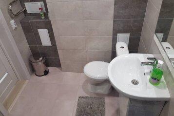 1-комн. квартира, 37 кв.м. на 4 человека, улица Строителей, 6, Новочебоксарск - Фотография 2