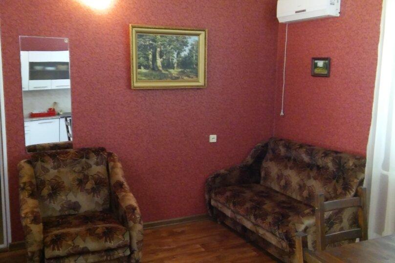 Дом, 60 кв.м. на 5 человек, 1 спальня, Космонавтов, 12, Голубицкая - Фотография 10