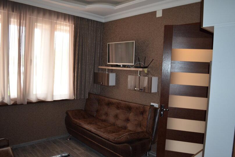 Коттедж у берега моря, 60 кв.м. на 4 человека, 2 спальни, улица Мемеда Абашидзе, 1, Кобулети - Фотография 8