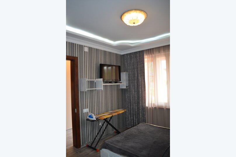 Коттедж у берега моря, 60 кв.м. на 4 человека, 2 спальни, улица Мемеда Абашидзе, 1, Кобулети - Фотография 12