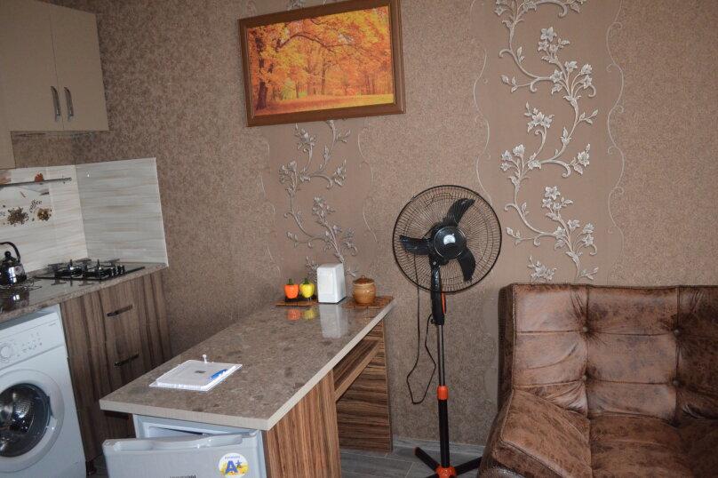 Коттедж у берега моря, 60 кв.м. на 4 человека, 2 спальни, улица Мемеда Абашидзе, 1, Кобулети - Фотография 15