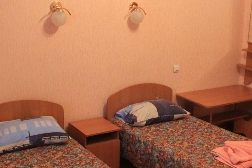 Семейный однокомнатный, улица Кирова, 39, Ялта - Фотография 1