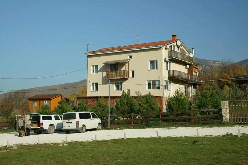 """Гостиница """"Кутлер"""", Подлесный переулок, 4 на 13 комнат - Фотография 1"""