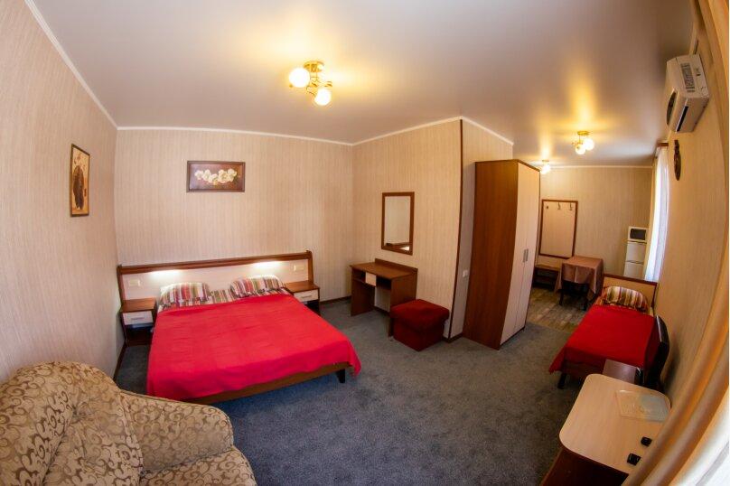 3-4 местный с миникухней плюс диван , Пионерская улица, 33, Кабардинка - Фотография 1