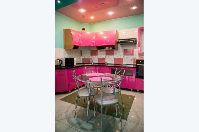 2-комн. квартира, 85 кв.м. на 6 человек, улица Дзержинского, 20, Иркутск - Фотография 2