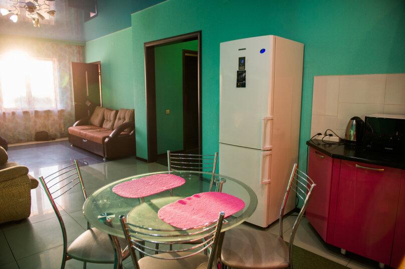 2-комн. квартира, 85 кв.м. на 6 человек, улица Дзержинского, 20, Иркутск - Фотография 4