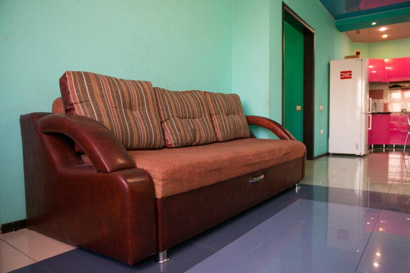 2-комн. квартира, 85 кв.м. на 6 человек, улица Дзержинского, 20, Иркутск - Фотография 6
