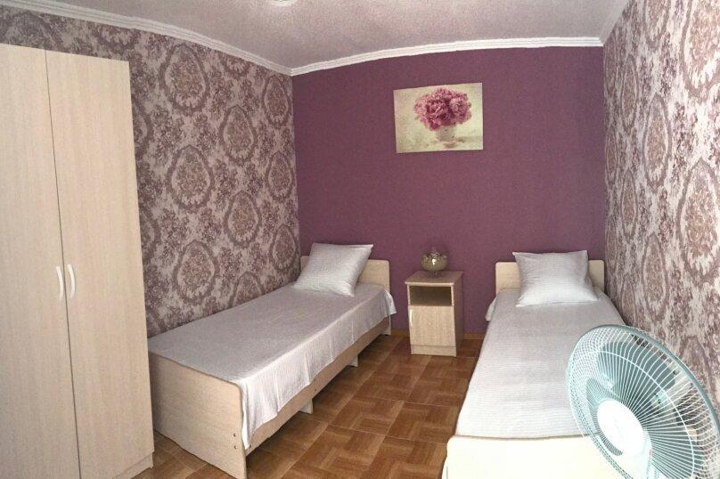 """Гостевой дом """"Афродита"""", Комсомольская улица, 47 на 6 комнат - Фотография 11"""