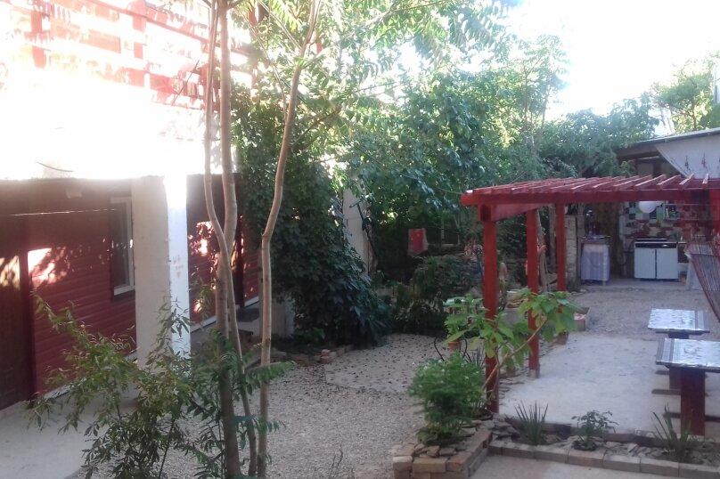 """Гостевой дом """"Ксения"""", улица Спендиарова, 10 на 3 комнаты - Фотография 42"""