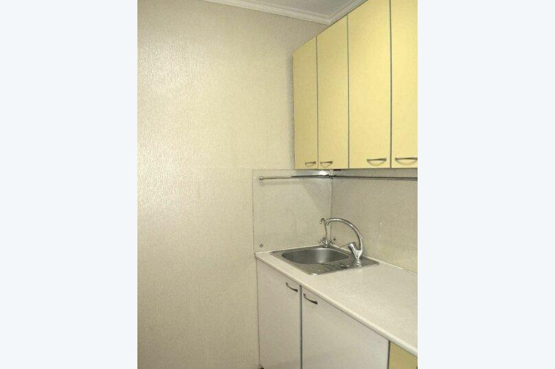 1-комн. квартира, 34 кв.м. на 4 человека, улица Калинина, 100, Чебоксары - Фотография 3