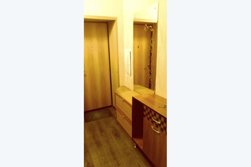 1-комн. квартира, 34 кв.м. на 4 человека, улица Калинина, 100, Чебоксары - Фотография 5
