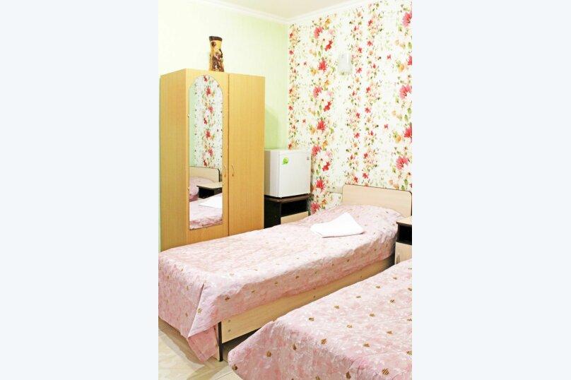 """Гостевой дом """"Александрит"""", Лазурная улица, 12 на 14 комнат - Фотография 29"""