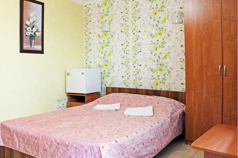 (17)Номер с удобствами для 3х или 4х гостей , Лазурная улица, 12, Адлер - Фотография 1