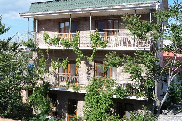 Гостевой дом, улица Айвазовского, 7 на 9 номеров - Фотография 1
