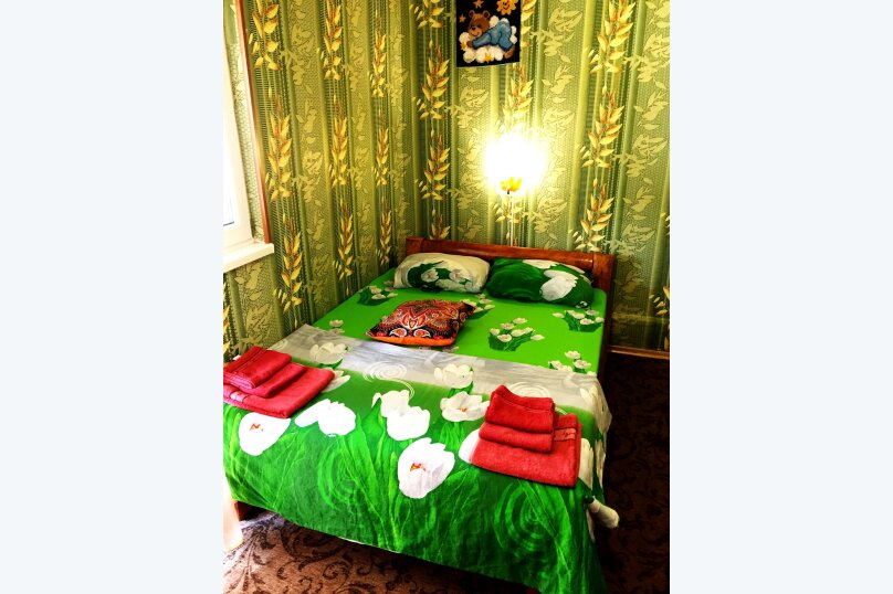"""Гостевой дом """"РАДОСТЬ"""", Октябрьская улица, 35 на 8 комнат - Фотография 14"""