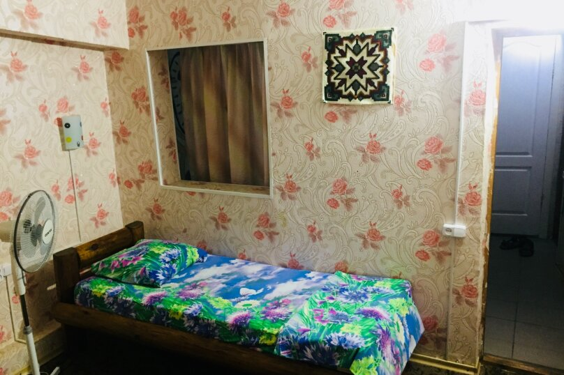 """Гостевой дом """"РАДОСТЬ"""", Октябрьская улица, 35 на 8 комнат - Фотография 40"""