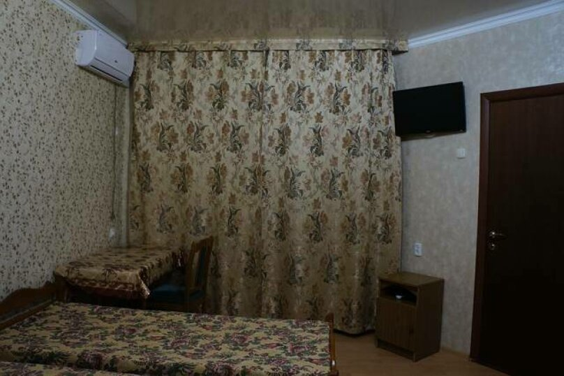 4 местный номер на 2 этаже (номер 3) , переулок Победы, 43, Лазаревское - Фотография 1