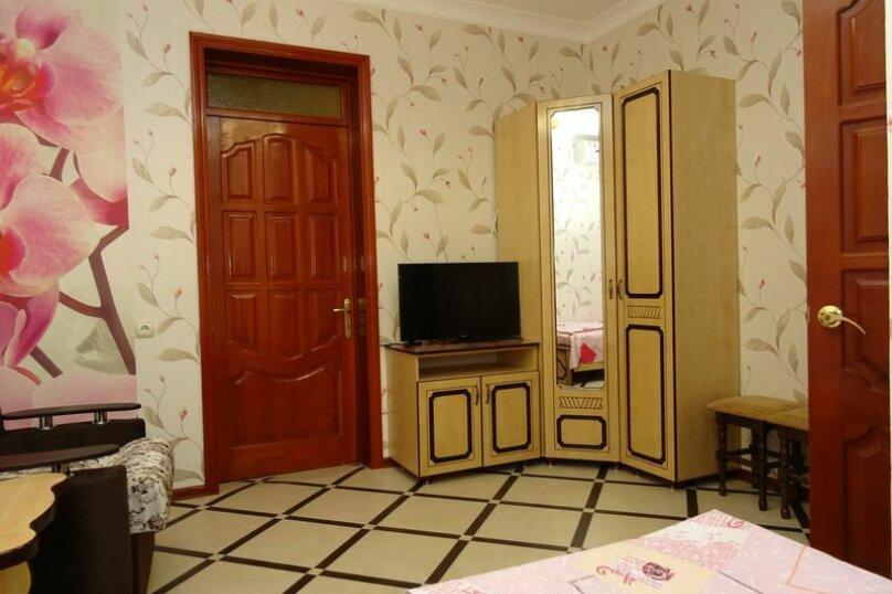 """Гостевой дом """"Ландышевая"""", Ландышевая улица, 5/2 на 6 комнат - Фотография 22"""