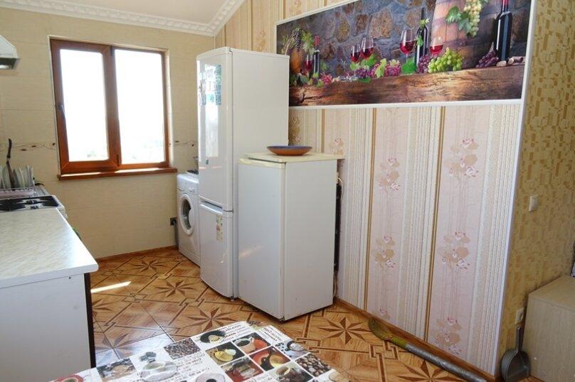 """Гостевой дом """"Ландышевая"""", Ландышевая улица, 5/2 на 6 комнат - Фотография 3"""