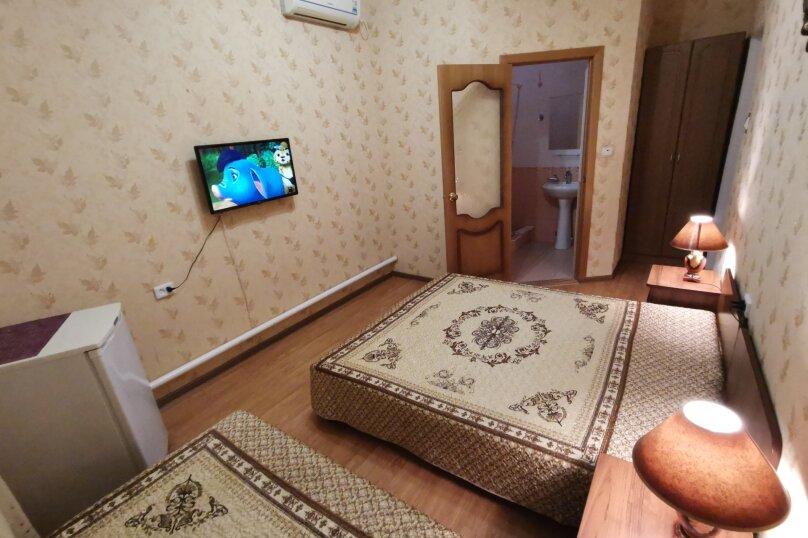 """Гостевой дом """"Маркхот"""", Пролетарская улица, 53А на 4 комнаты - Фотография 32"""