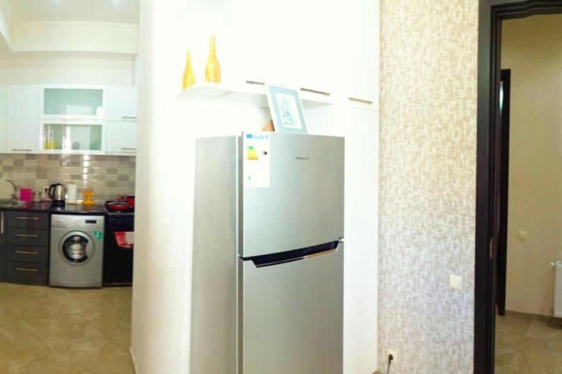 2-комн. квартира, 60 кв.м. на 4 человека, улица Платона Иоселиани, 12, Тбилиси - Фотография 3