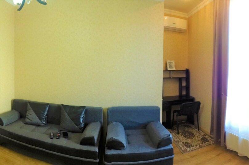 2-комн. квартира, 60 кв.м. на 4 человека, улица Платона Иоселиани, 12, Тбилиси - Фотография 5
