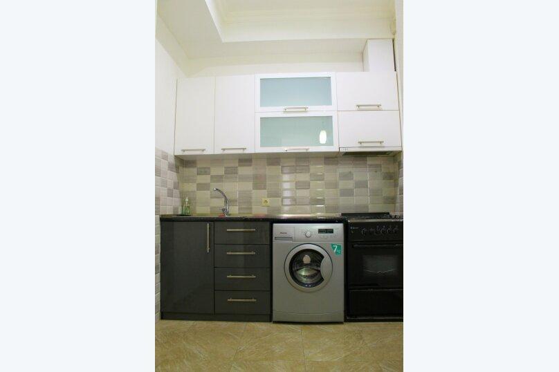 2-комн. квартира, 60 кв.м. на 4 человека, улица Платона Иоселиани, 12, Тбилиси - Фотография 7