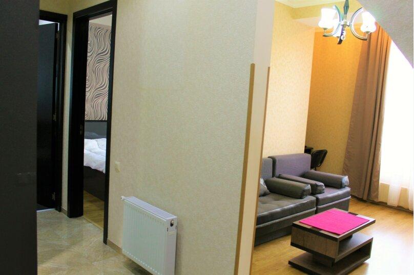 2-комн. квартира, 60 кв.м. на 4 человека, улица Платона Иоселиани, 12, Тбилиси - Фотография 8