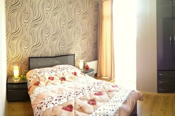2-комн. квартира, 60 кв.м. на 4 человека, улица Платона Иоселиани, 12, Тбилиси - Фотография 1