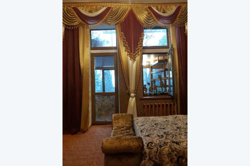 2-комн. квартира, 80 кв.м. на 5 человек, улица Кирова, 13, Ялта - Фотография 25
