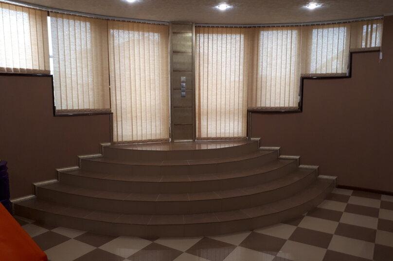 Первый этаж трехэтажного дома, 65 кв.м. на 6 человек, 2 спальни, Вишневая улица, 18, село Супсех, Анапа - Фотография 3