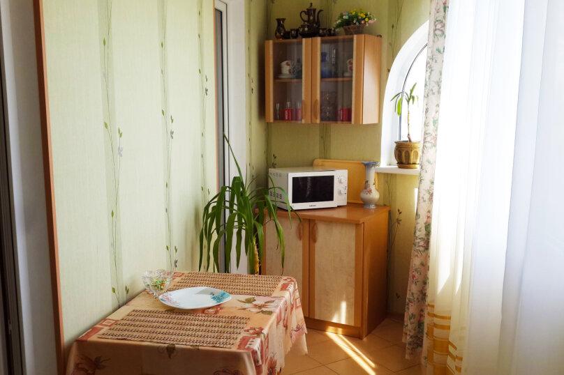 2-комн. квартира, 56 кв.м. на 5 человек, Фрунзенское шоссе, 16, Партенит - Фотография 10