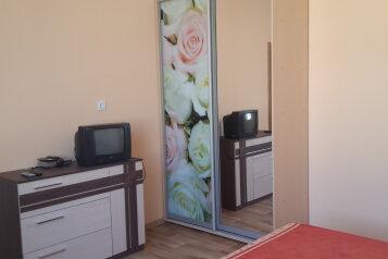 Дом, 40 кв.м. на 4 человека, 1 спальня, Садовая, 308, Заозерное - Фотография 2
