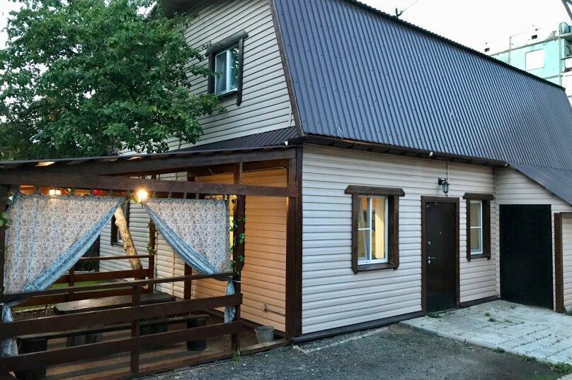 """Гостевой дом """"Жили были"""", улица Щетинина, 66 на 2 комнаты - Фотография 1"""