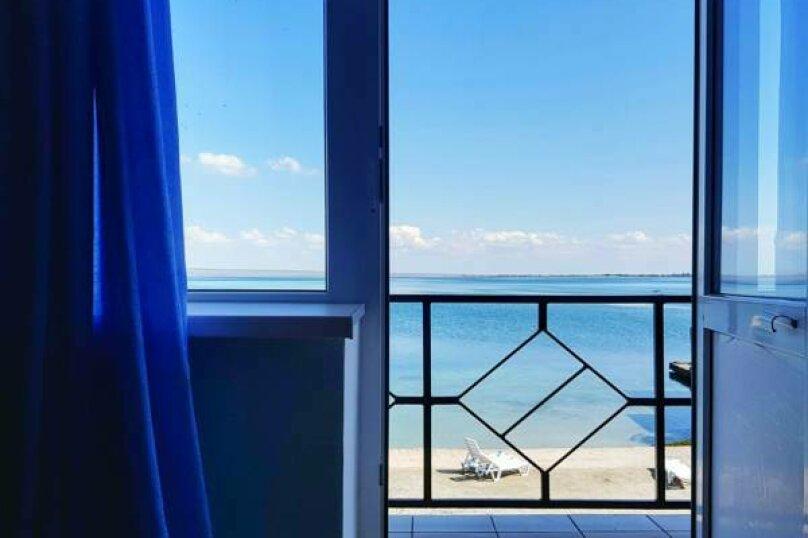 комната на 4 спальных места, Морская, 66, Мирный, Крым - Фотография 1