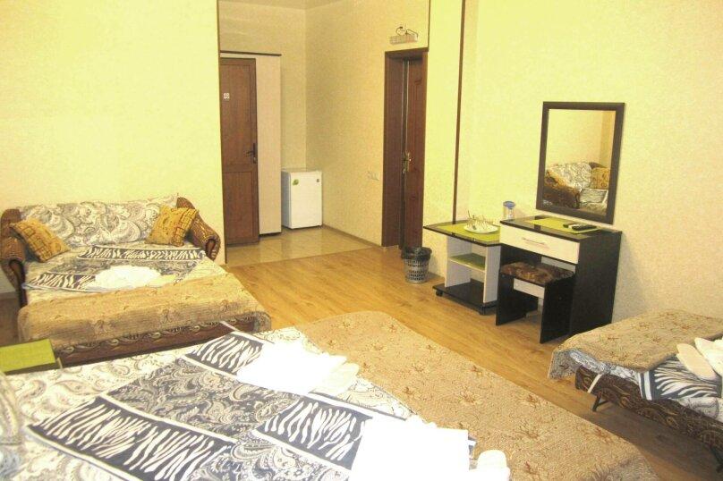 Семейный номер с ванной комнатой, улица Просвещения, 27А, Адлер - Фотография 1