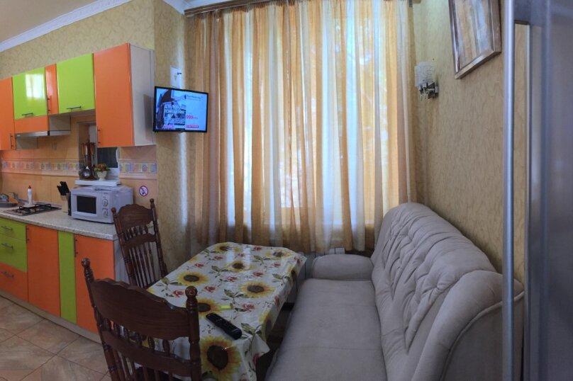 2-комн. квартира, 65 кв.м. на 3 человека, улица Дражинского, 18, Ялта - Фотография 10