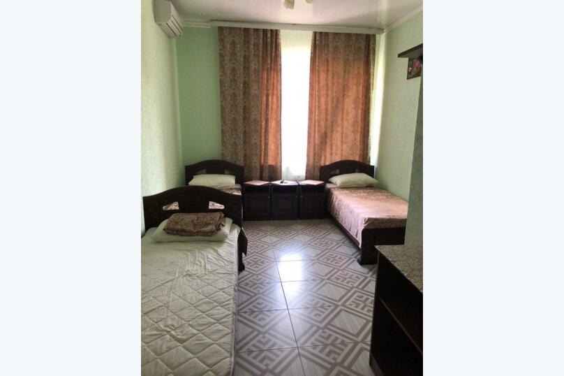 Гостиница 920079, Лавровая улица, 11 на 9 комнат - Фотография 2