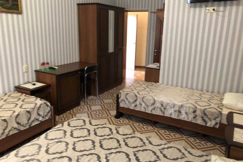 Гостиница 920079, Лавровая улица, 11 на 9 комнат - Фотография 13