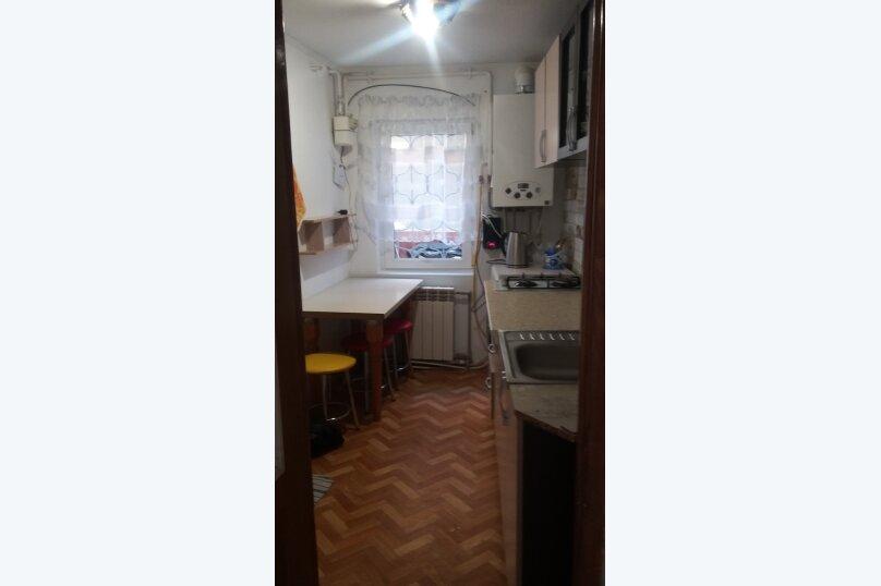 Первый этаж дома с своим двором у моря, 24 кв.м. на 4 человека, 1 спальня, Военная улица, 14, Евпатория - Фотография 3