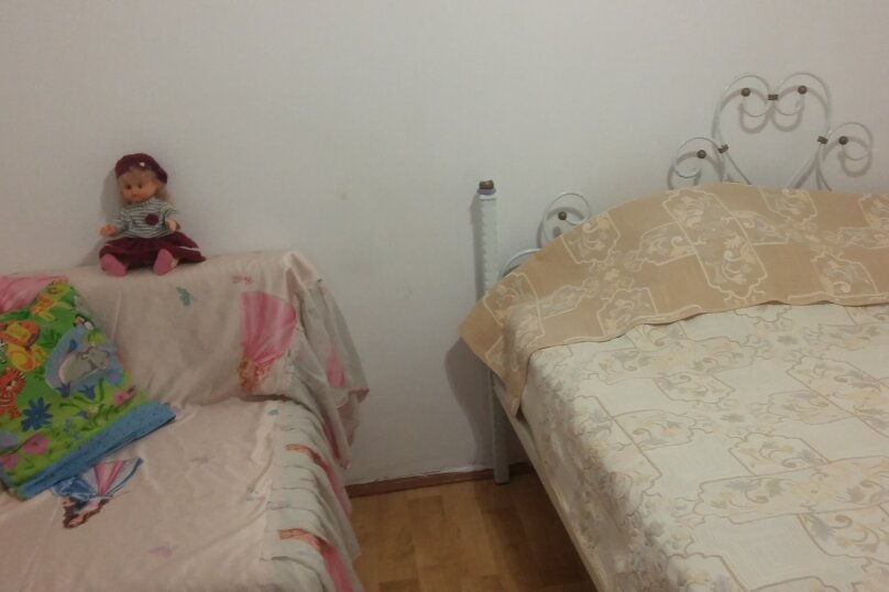 Первый этаж дома с своим двором у моря, 24 кв.м. на 4 человека, 1 спальня, Военная улица, 14, Евпатория - Фотография 12