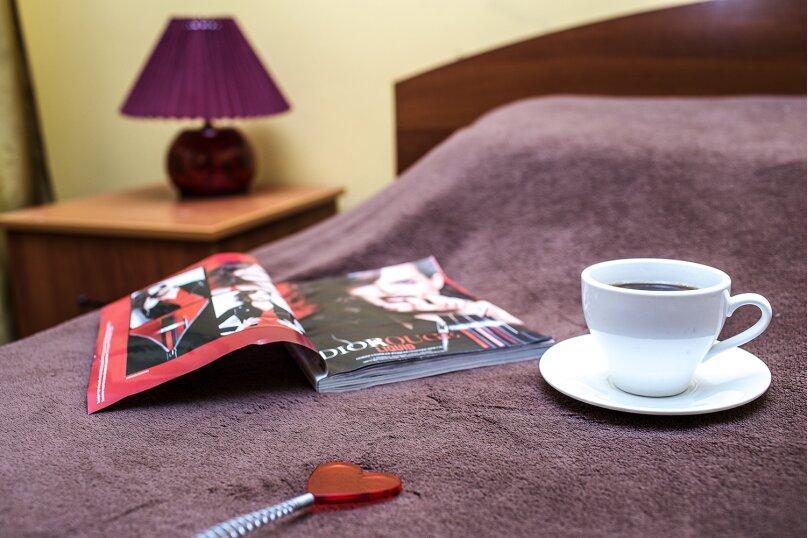 """Мини-отель """"Изумрудный"""", Революционная улица, 136А на 17 номеров - Фотография 12"""