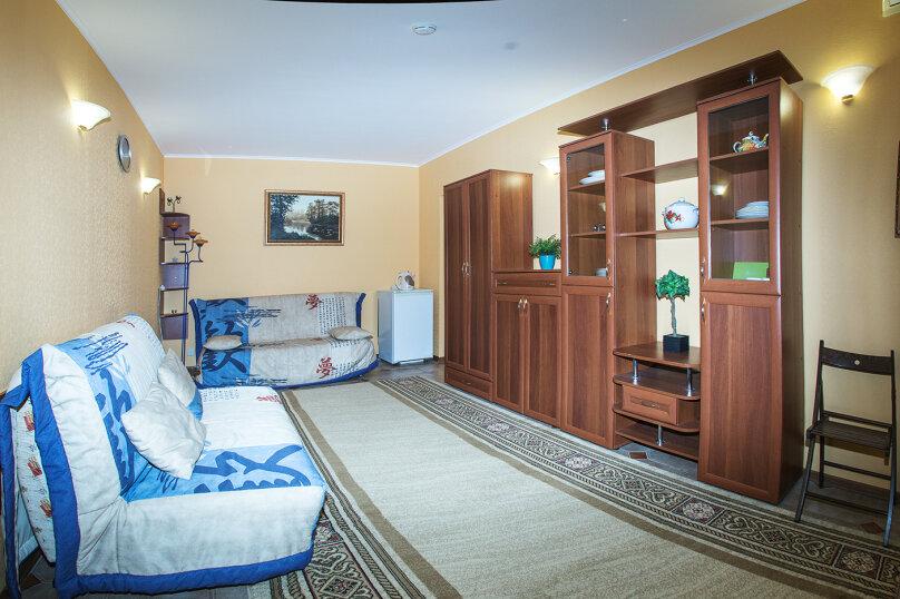 """Мини-отель """"Изумрудный"""", Революционная улица, 136А на 17 номеров - Фотография 15"""