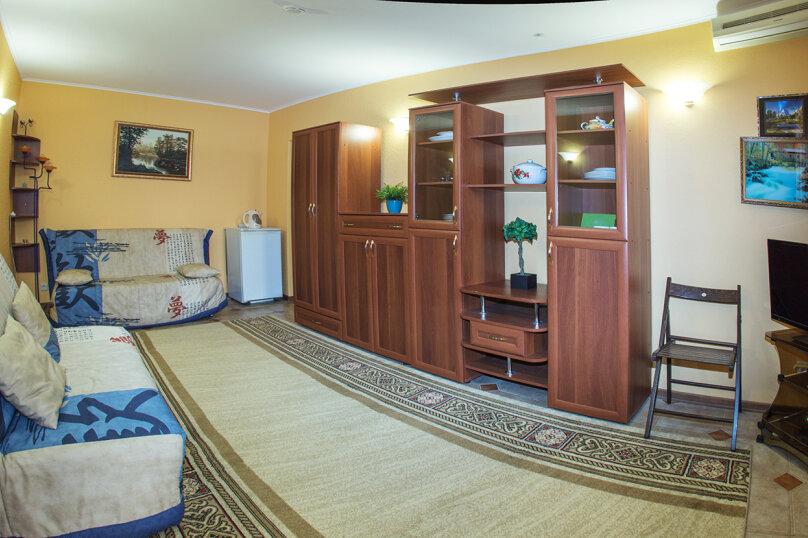"""Мини-отель """"Изумрудный"""", Революционная улица, 136А на 17 номеров - Фотография 16"""