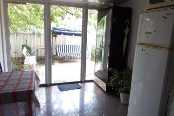 Сдам дом, 80 кв.м. на 4 человека, 2 спальни, Никитская улица, Севастополь - Фотография 4