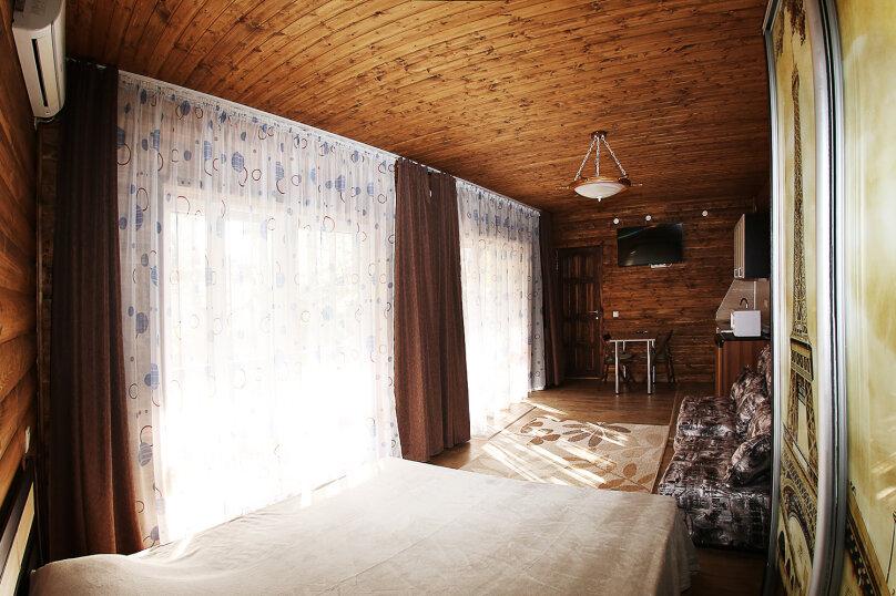 """Мини-отель """"Изумрудный"""", Революционная улица, 136А на 17 номеров - Фотография 30"""