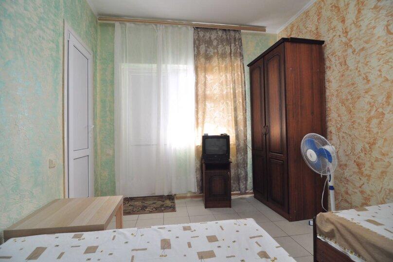Гостевой дом Джули, Черноморская улица, 150 на 22 комнаты - Фотография 19