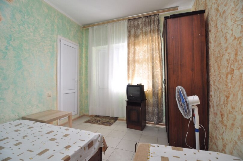 Гостевой дом Джули, Черноморская улица, 150 на 22 комнаты - Фотография 21