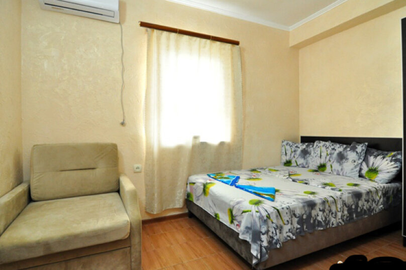 Гостевой дом Джули, Черноморская улица, 150 на 22 комнаты - Фотография 23