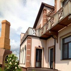 2-х этажный комфортабельный дом, 135 кв.м. на 13 человек, 5 спален, Лесновский сельский совет(с/с),  Комплекс зданий и строений №1, дом № 7, Саки - Фотография 1